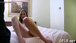 πορνό Cum στο μουνί
